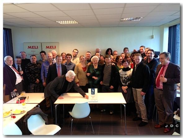 """Dovy Keukens Personeel : MELI n v """"Best presterende KMO van Vlaanderen"""" DE"""