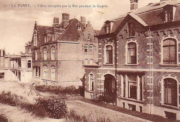 Rechts de Villa Maskens