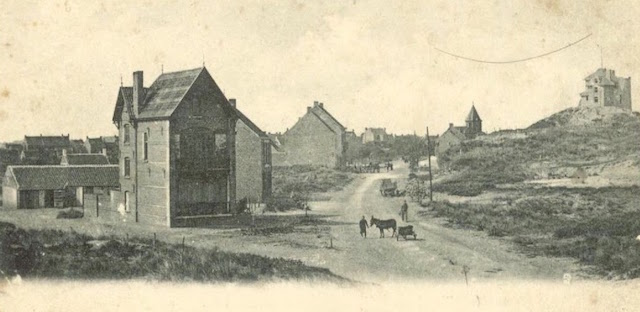 Zeelaan richting dorp en Kasteelstraat (links) (foto genomen ter hoogte van huidie Mon Bijou)